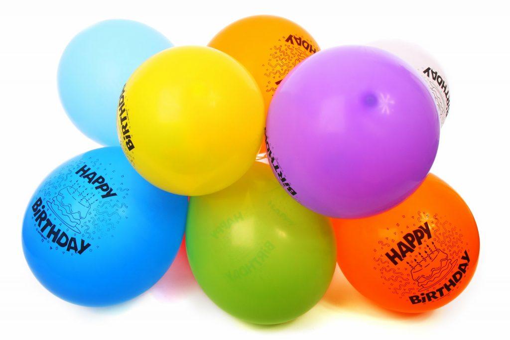 Diez globos infaltables en una celebración